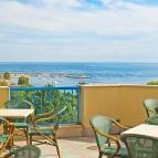 Paricolare Bar con terrazza panoramica