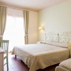Triple-Quadruple standard room