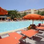 piscina-ombrelloni_dsc0844
